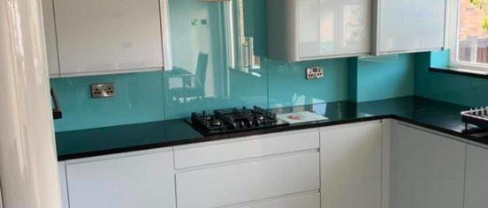 full kitchen view of splashback