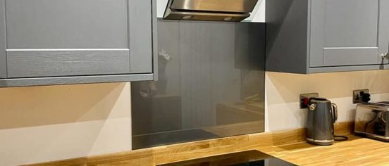 kitchen splashback near cooker